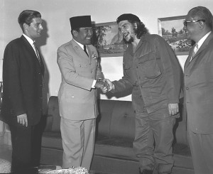 bersama presiden soekarno