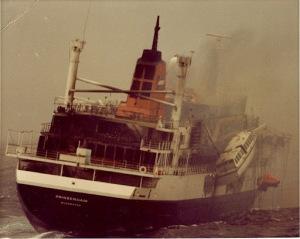 PRINSENDAM mulai terbakar ( October 1980 )