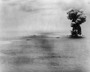 Yamato meledak & tenggelam